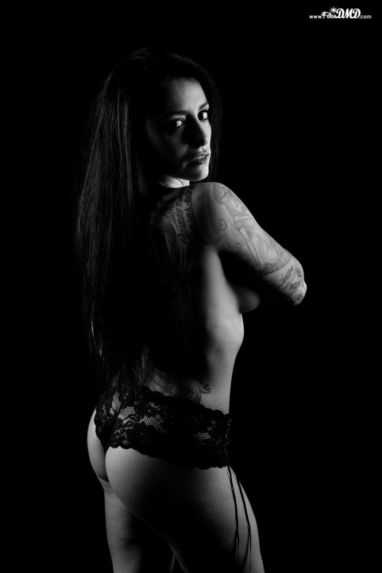 Sesion de fotos de desnudo en estudio